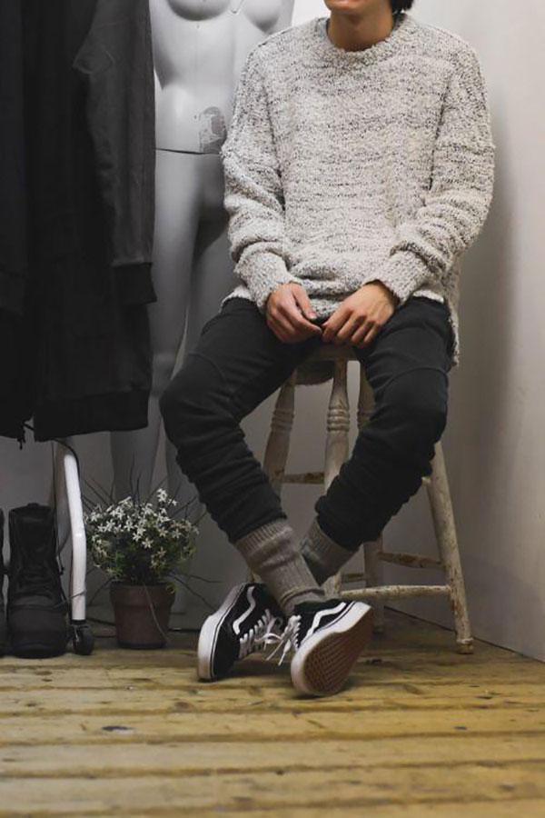 Mix giày vans nam và áo mùa đông