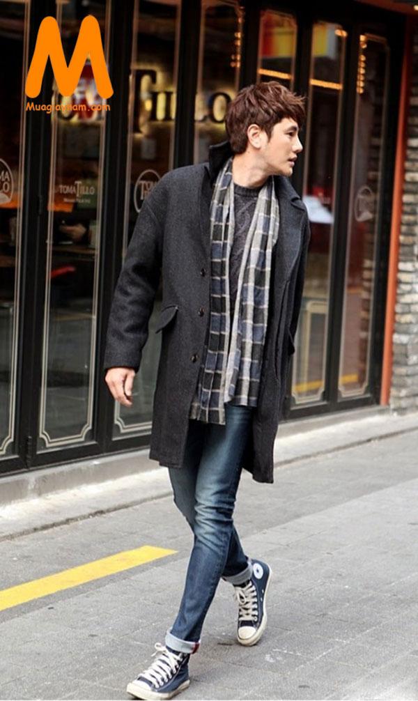 Phối giày sneakers với quần jean nam