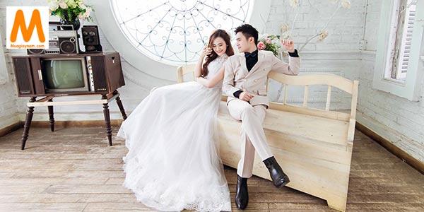 Đừng để gần ngày cưới mới đi chọn giày