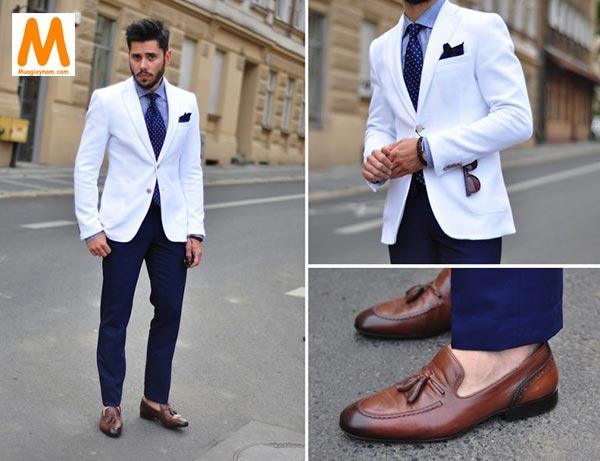 Mặc quần âu đi giày lười