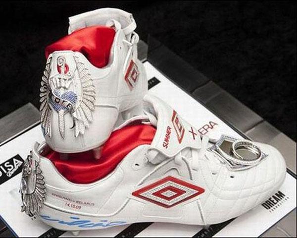 Giày Umbro Speciali là đôi giày thể thao đắt nhất thế giới